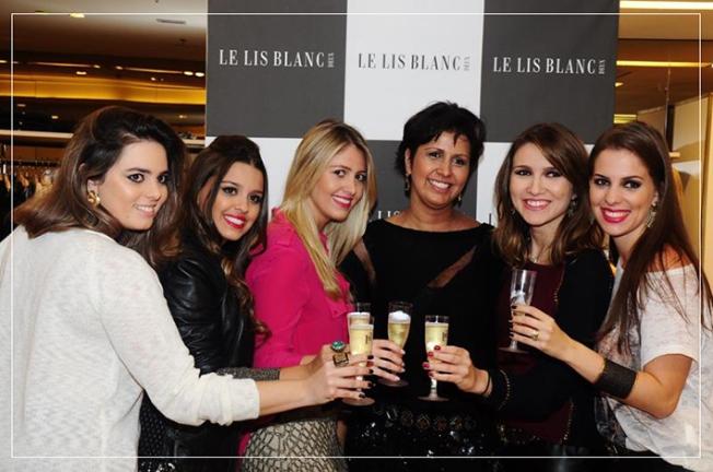 Mariana Junqueira, Lô Salgado, Thay Degasperi, Daniela Oliveira, Flá Galdino, Laiz Lima